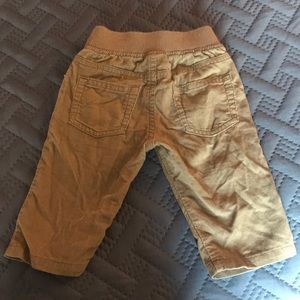 Gymboree Bottoms - Grew out of